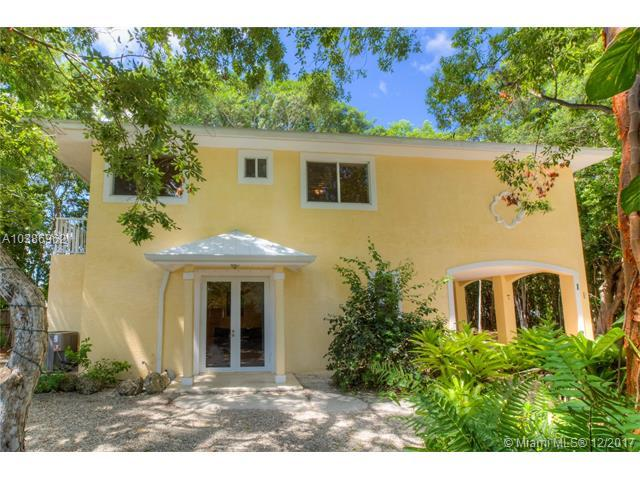 1 Paradise Drive, Other City - Keys/Islands/Caribbean, FL 33037 (MLS #A10386962) :: The Chenore Real Estate Group