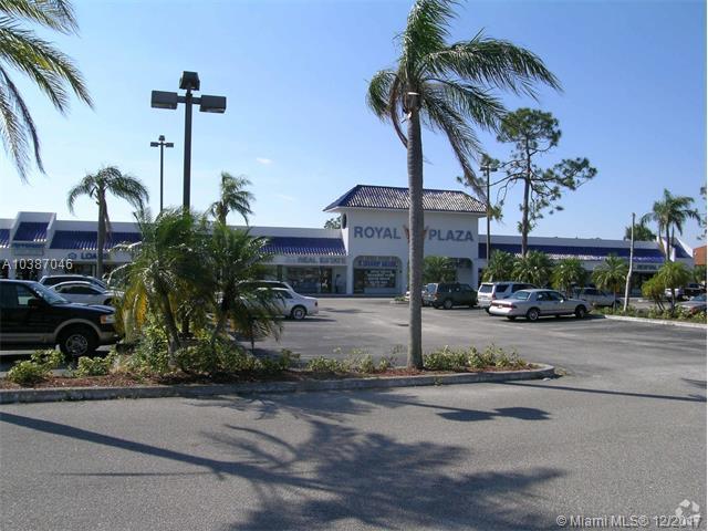 11328 Okeechobee Blvd #11, Royal Palm Beach, FL 33411 (MLS #A10387046) :: The Teri Arbogast Team at Keller Williams Partners SW