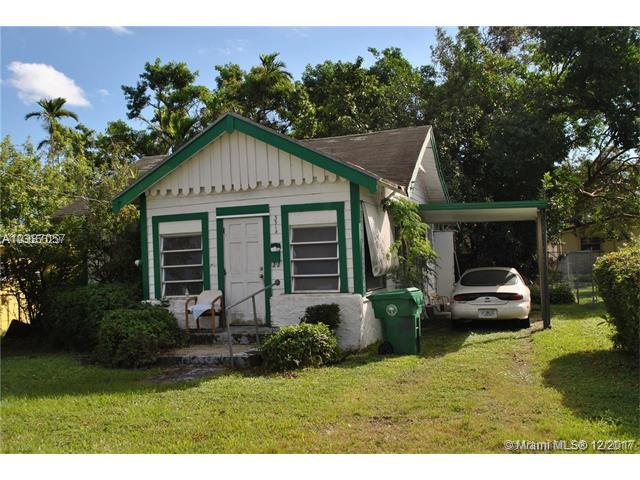 3514 Frow Ave, Coconut Grove, FL 33133 (MLS #A10387057) :: The Erice Team