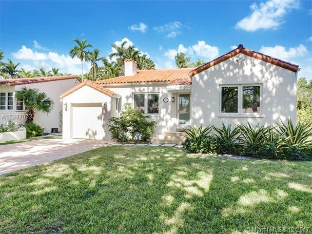 617 Zamora Ave, Coral Gables, FL 33134 (MLS #A10387073) :: The Erice Team