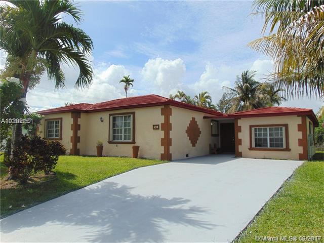 530 NW 87th St, El Portal, FL 33150 (MLS #A10388161) :: Live Work Play Miami Group