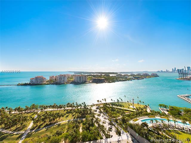300 S Pointe Dr #2404, Miami Beach, FL 33139 (MLS #A10388196) :: The Teri Arbogast Team at Keller Williams Partners SW