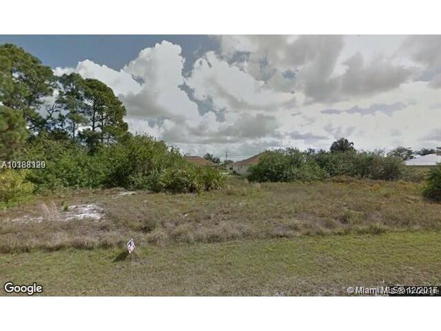 1751 SW Gloria Ln, Port St. Lucie, FL 34953 (MLS #A10388329) :: Stanley Rosen Group