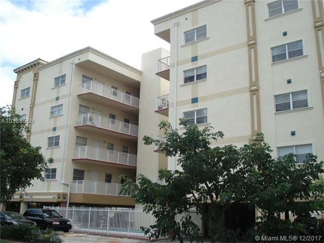 2008 Jackson St E10, Hollywood, FL 33020 (MLS #A10388508) :: RE/MAX Presidential Real Estate Group