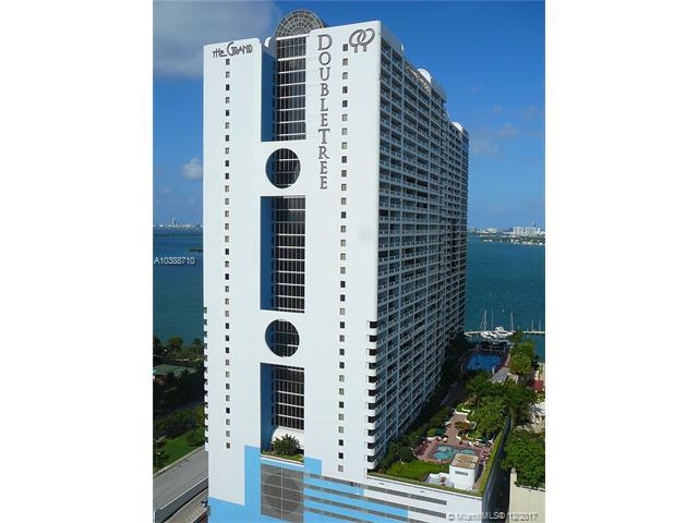 1717 N Bayshore Dr #1957, Miami, FL 33132 (MLS #A10388710) :: The Erice Team