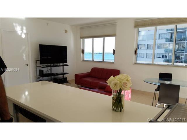 1402 Brickell Bay Dr #803, Miami, FL 33131 (MLS #A10389054) :: The Erice Team