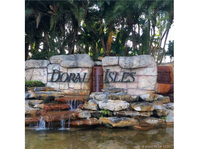 10770 NW 66th St #414, Doral, FL 33178 (MLS #A10389058) :: The Erice Team