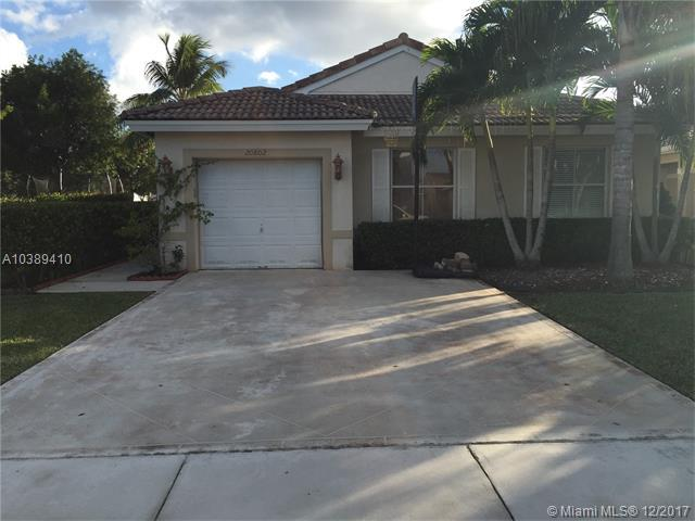 20802 NW 14th Ct, Pembroke Pines, FL 33029 (MLS #A10389410) :: Green Realty Properties