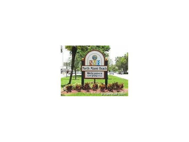 16990 NE 4th Pl, North Miami Beach, FL 33162 (MLS #A10390670) :: The Teri Arbogast Team at Keller Williams Partners SW