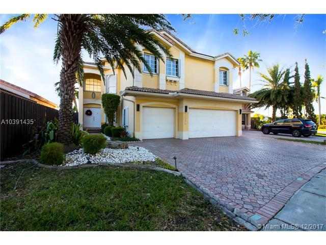 7094 NW 109th Ct, Doral, FL 33178 (MLS #A10391435) :: The Teri Arbogast Team at Keller Williams Partners SW