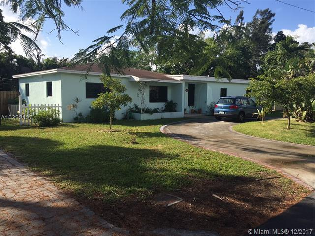 6210 SW 78th St, South Miami, FL 33143 (MLS #A10392127) :: The Riley Smith Group