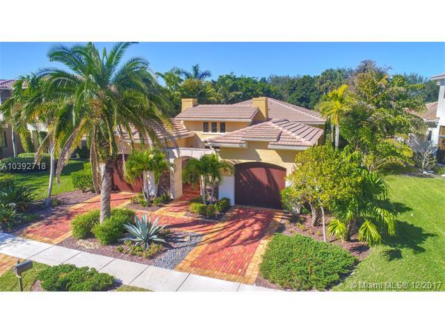 7005 Spyglass Ave, Parkland, FL 33076 (MLS #A10392718) :: Melissa Miller Group