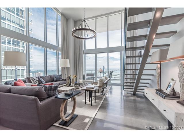 1040 Biscayne Blvd #3704, Miami, FL 33132 (MLS #A10392857) :: The Teri Arbogast Team at Keller Williams Partners SW