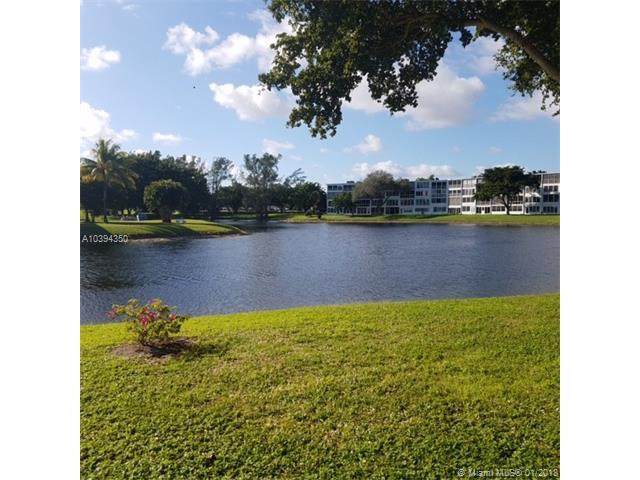 1042 Durham B #1042, Deerfield Beach, FL 33442 (MLS #A10394350) :: The Teri Arbogast Team at Keller Williams Partners SW