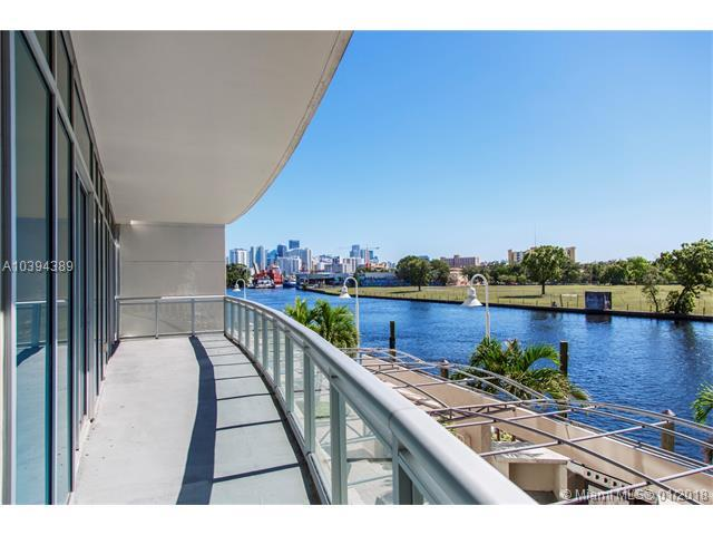 1090 NW North River Dr #204, Miami, FL 33136 (MLS #A10394389) :: The Teri Arbogast Team at Keller Williams Partners SW