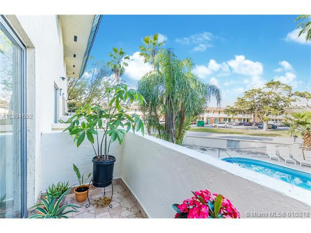 465 Swallow Dr #10, Miami Springs, FL 33166 (MLS #A10394692) :: Hergenrother Realty Group Miami