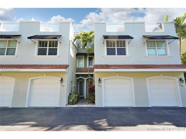 734 NE 7th Ave #734, Fort Lauderdale, FL 33304 (MLS #A10395324) :: The Teri Arbogast Team at Keller Williams Partners SW