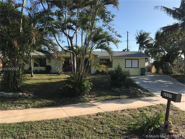 2037 6th Ct S, Lake Worth, FL 33461 (MLS #A10395597) :: The Teri Arbogast Team at Keller Williams Partners SW