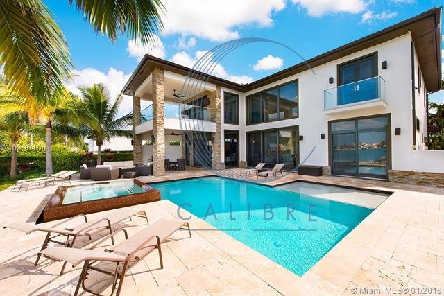 1577 Cleveland Rd, Miami Beach, FL 33141 (MLS #A10396406) :: Live Work Play Miami Group