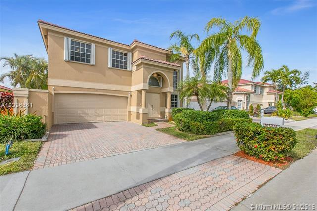 2130 NW 98th Ter, Pembroke Pines, FL 33024 (MLS #A10396661) :: Green Realty Properties