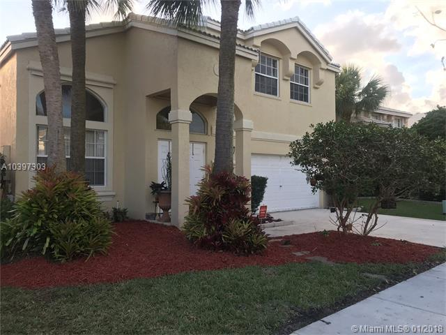 15736 NW 12th Ct, Pembroke Pines, FL 33028 (MLS #A10397303) :: Green Realty Properties