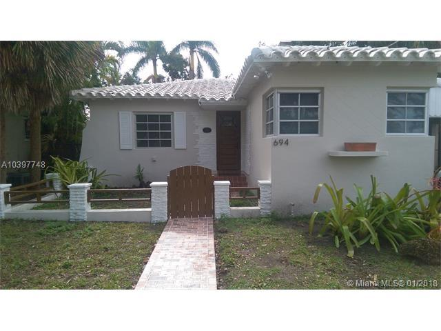 694 NE 88th St, Miami Shores, FL 33138 (MLS #A10397748) :: Live Work Play Miami Group