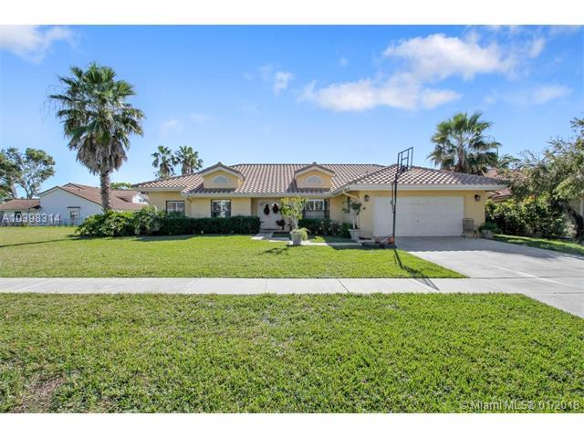 11885 Island Lakes Ln, Boca Raton, FL 33498 (MLS #A10398314) :: The Teri Arbogast Team at Keller Williams Partners SW