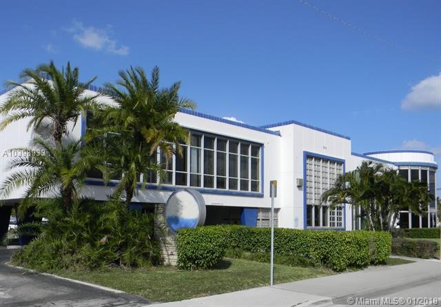 301 Southern Blvd, West Palm Beach, FL 33405 (MLS #A10398933) :: Green Realty Properties