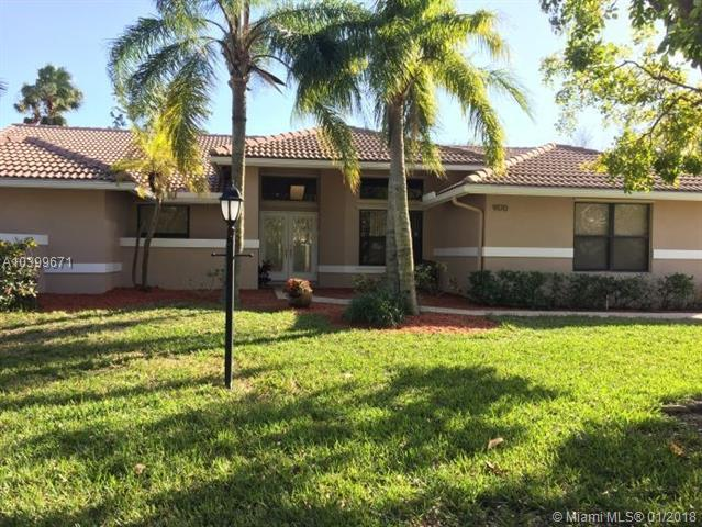 9170 NW 53rd St, Coral Springs, FL 33067 (MLS #A10399671) :: The Teri Arbogast Team at Keller Williams Partners SW