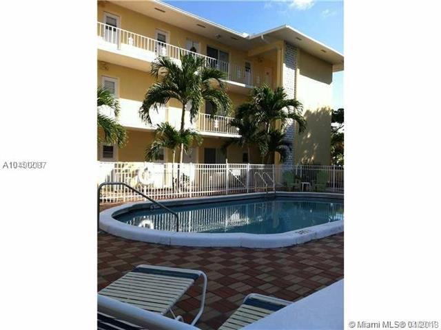 3061 NE 49TH ST #16, Fort Lauderdale, FL 33308 (MLS #A10400087) :: The Teri Arbogast Team at Keller Williams Partners SW