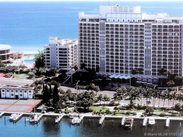 5401 Collins Ave #620, Miami Beach, FL 33140 (MLS #A10400467) :: Stanley Rosen Group