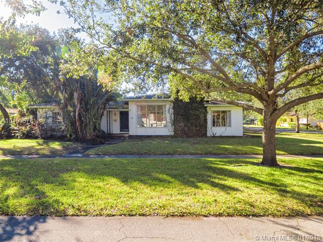 100 NE 101st St, Miami Shores, FL 33138 (MLS #A10400578) :: Hergenrother Realty Group Miami