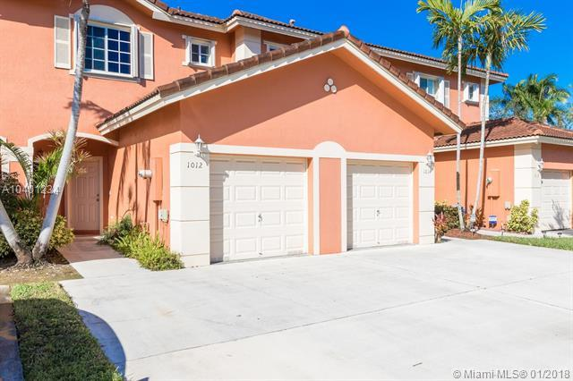 1012 NW 100th Ave #1012, Pembroke Pines, FL 33024 (MLS #A10401234) :: The Teri Arbogast Team at Keller Williams Partners SW