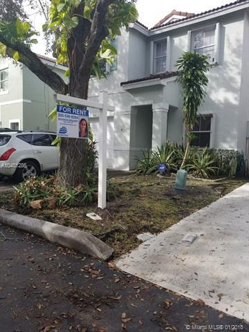 4010 Tree Tops Rd -, Cooper City, FL 33026 (MLS #A10401286) :: Green Realty Properties