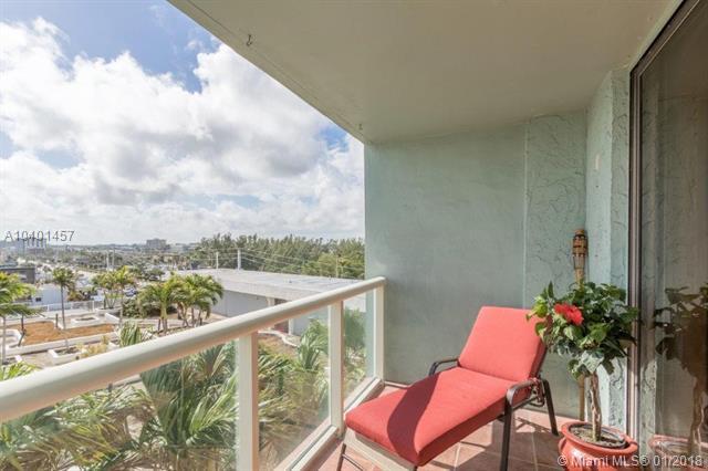 13499 Biscayne Blvd #604, North Miami, FL 33181 (MLS #A10401457) :: Live Work Play Miami Group