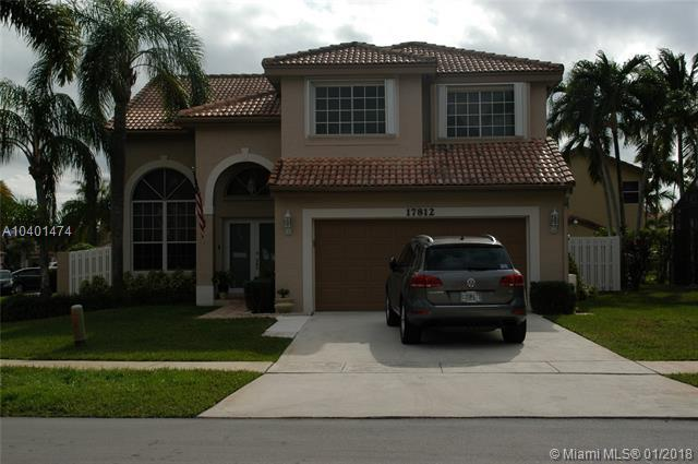 17812 SW 12th Ct, Pembroke Pines, FL 33029 (MLS #A10401474) :: Castelli Real Estate Services