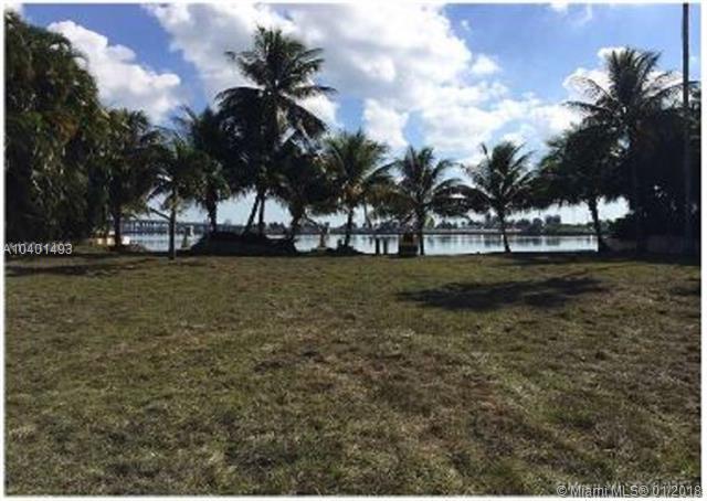 590 Sabal Palm Rd, Miami, FL 33137 (MLS #A10401493) :: Miami Lifestyle