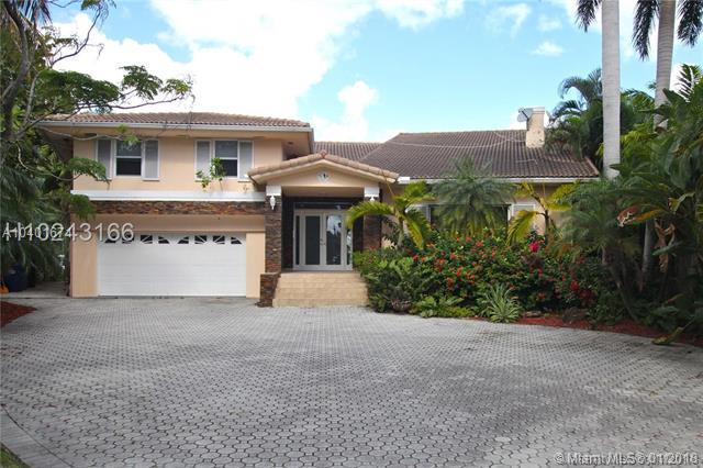 451 Centre Island Dr, Golden Beach, FL 33160 (MLS #A10401671) :: Green Realty Properties