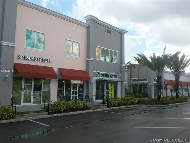 2101 Palm Ave 6-201, Miramar, FL 33025 (MLS #A10401880) :: Melissa Miller Group