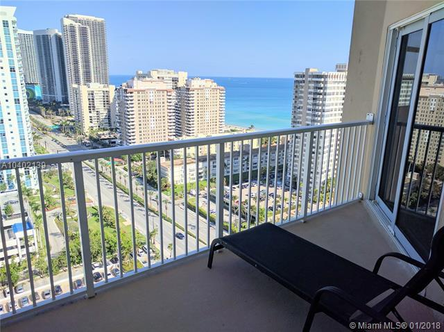 1985 S Ocean Dr Phh, Hallandale, FL 33009 (MLS #A10402139) :: Live Work Play Miami Group