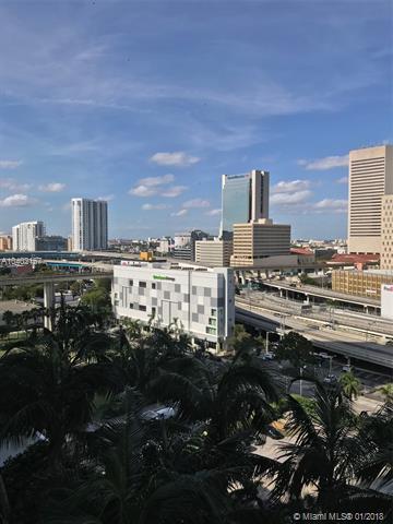 350 S Miami Ave #1405, Miami, FL 33130 (MLS #A10402167) :: The Teri Arbogast Team at Keller Williams Partners SW