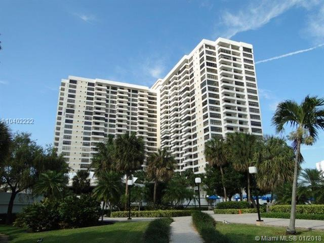 2500 Parkview Dr #1911, Hallandale, FL 33009 (MLS #A10402222) :: Live Work Play Miami Group