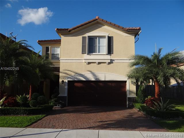 11239 NW 43rd Ter, Doral, FL 33178 (MLS #A10402245) :: Carole Smith Real Estate Team