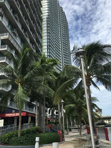 690 SW 690 1ST CT #701, Miami, FL 33130 (MLS #A10402412) :: The Riley Smith Group