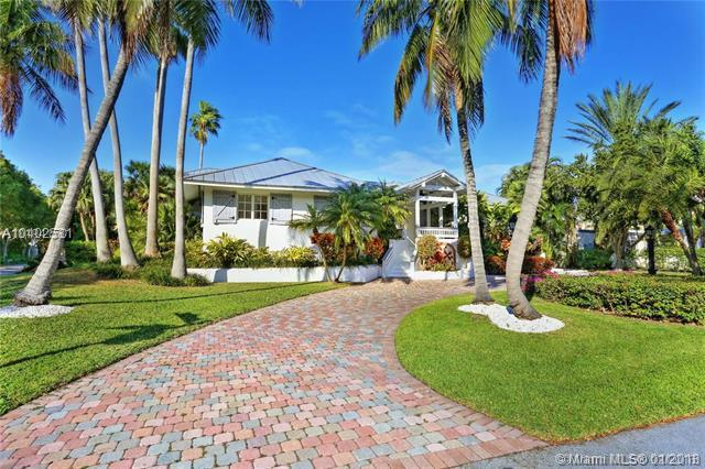 390 Gulf Rd, Key Biscayne, FL 33149 (MLS #A10402531) :: The Riley Smith Group