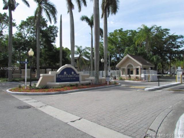 10630 SW 157th Ct #104, Miami, FL 33196 (MLS #A10402702) :: The Teri Arbogast Team at Keller Williams Partners SW