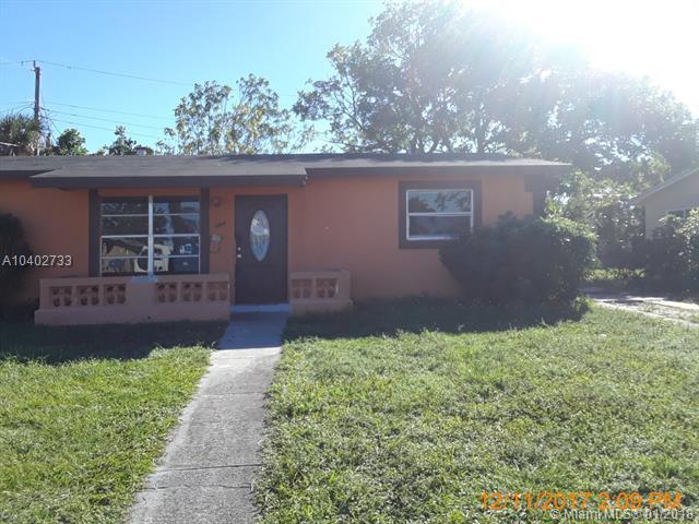2804 SW 5th Ct, Fort Lauderdale, FL 33312 (MLS #A10402733) :: Jamie Seneca & Associates Real Estate Team