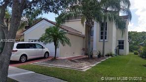 704 Sand Creek Cir, Weston, FL 33327 (MLS #A10402977) :: Melissa Miller Group