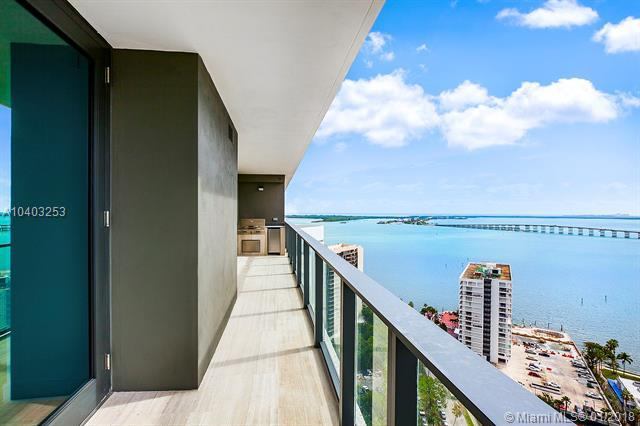 1451 Brickell Ave #2504, Miami, FL 33131 (MLS #A10403253) :: Calibre International Realty