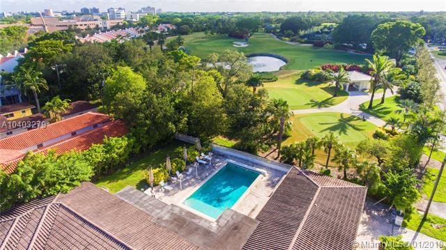 4804 University Dr, Coral Gables, FL 33146 (MLS #A10403279) :: Carole Smith Real Estate Team